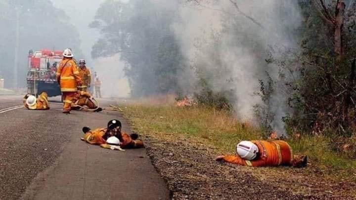 In Australia, 27 number of people lost lives due to a fire