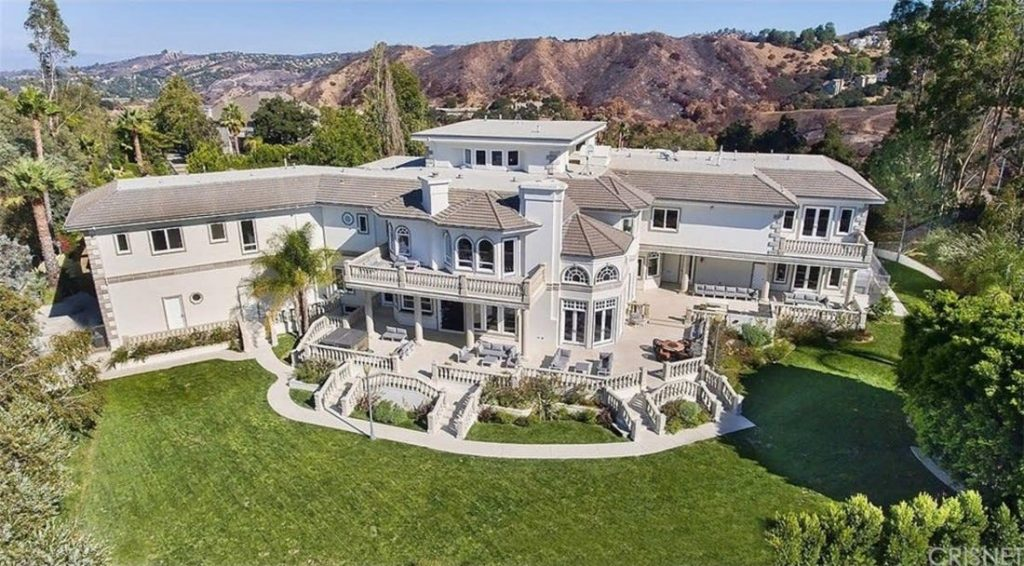 Jake Paul's Calabasas home attacked by FBI